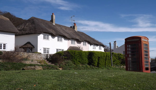 self catering cottage in lulworth external