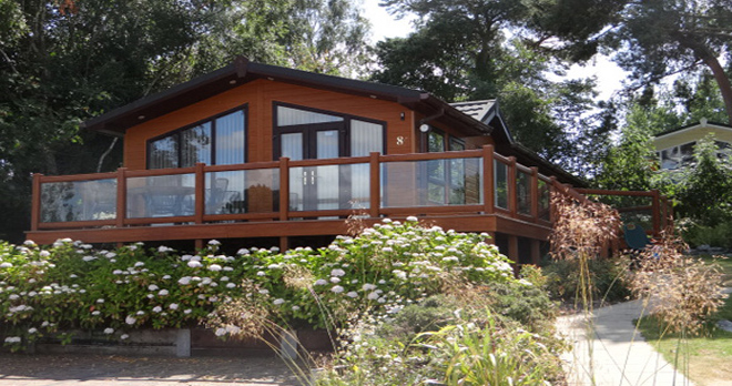 woodland falls luxury lodge on rockley park exterior