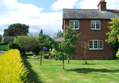 Denbur Cottage Holiday Home In Wimborne External View Thumbnail