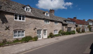 St Georges Cottage To Rent In Corfe Castle External View
