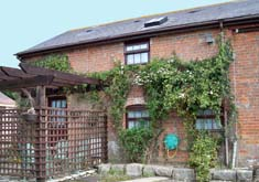 Holly Lodge Holiday Cottage Near Poole Dorset Exterior