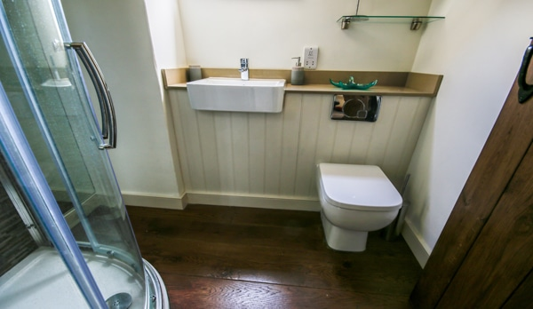 traditional cottage swanage bathroom