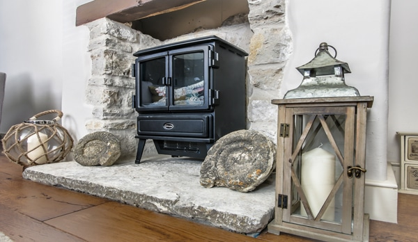traditional cottage swanage fireplace