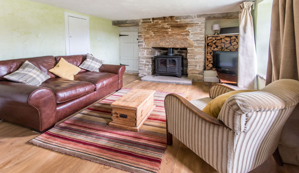 romantic holiday cottage dorset living room