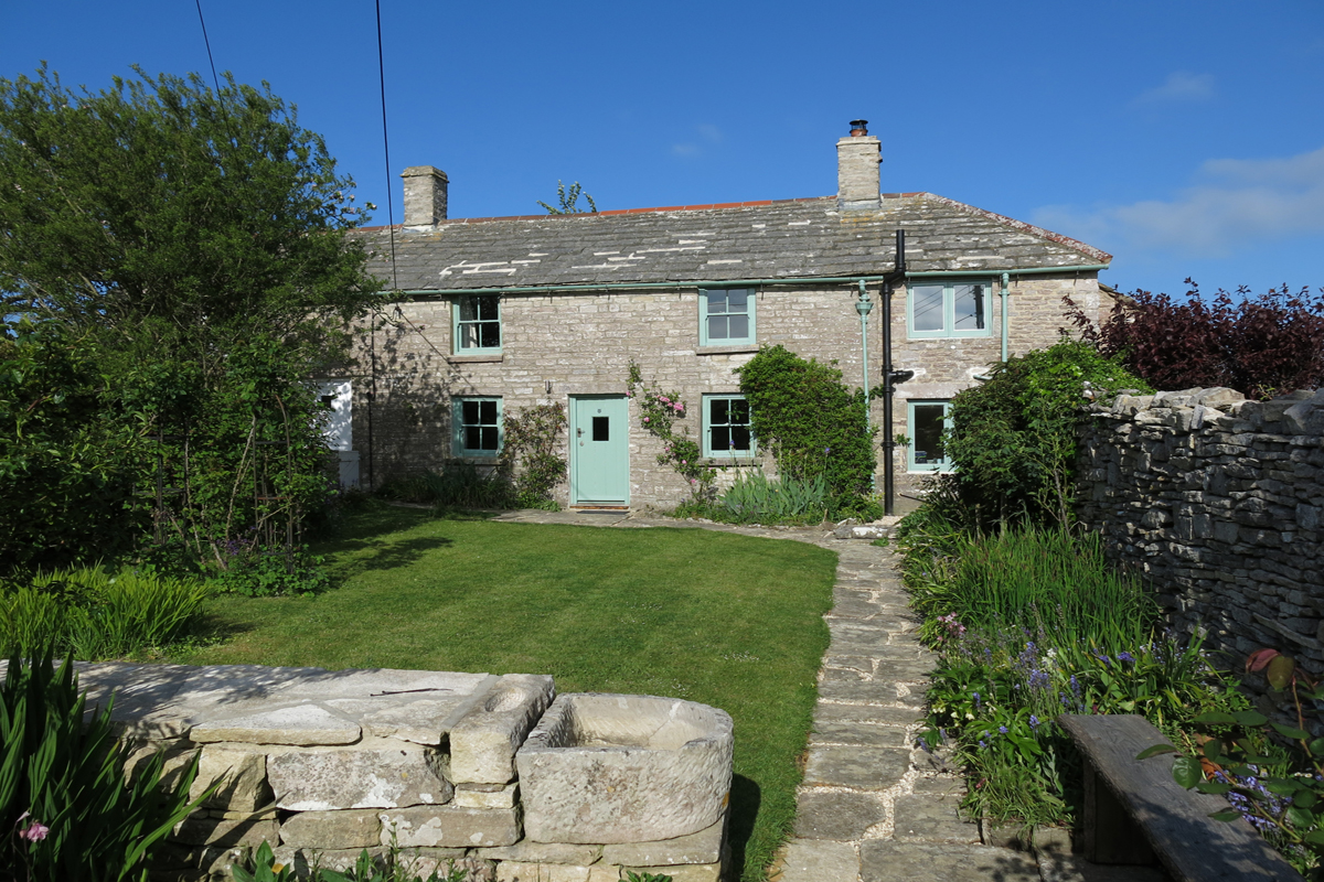 romantic holiday cottage dorset exterior front