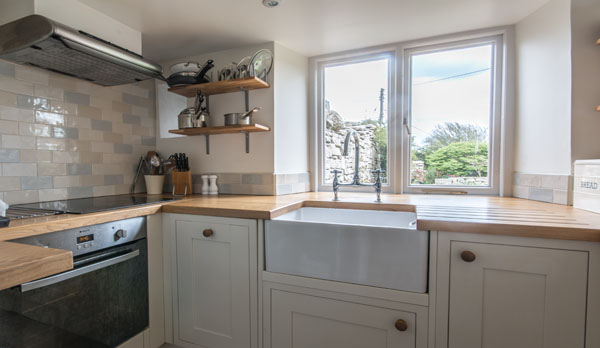 romantic holiday cottage dorset kitchen