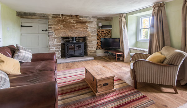 romantic holiday cottage dorset living room 2
