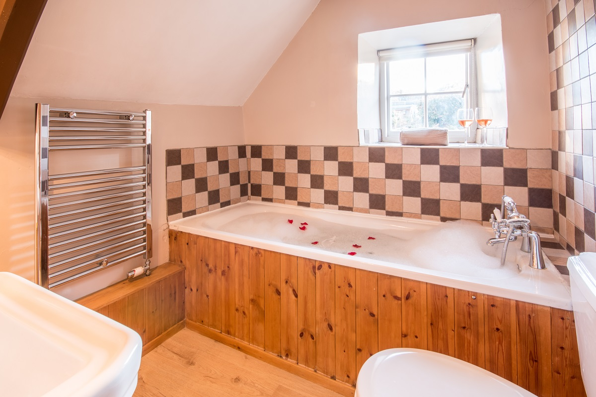 swanage holiday cottage bathroom