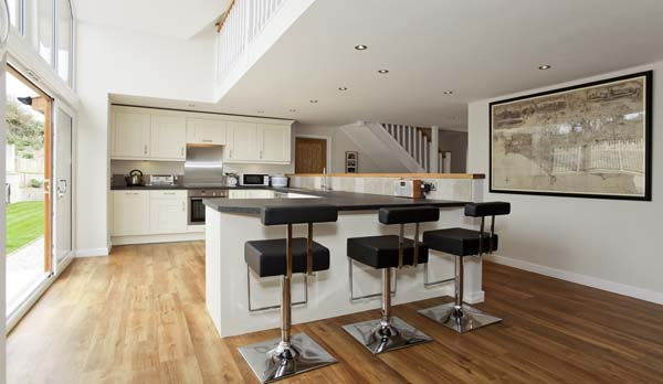 holiday home in worth matravers kitchen breakfast bar