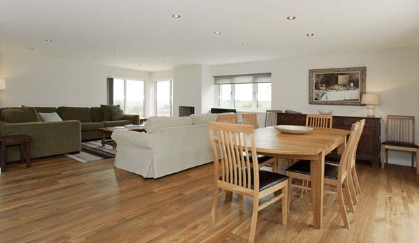 holiday home in worth matravers living room dining area