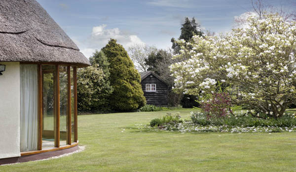 holiday home in studland garden