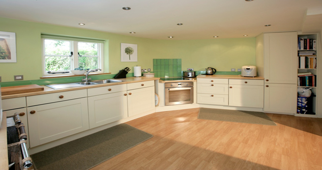 holiday cottage in studland kitchen