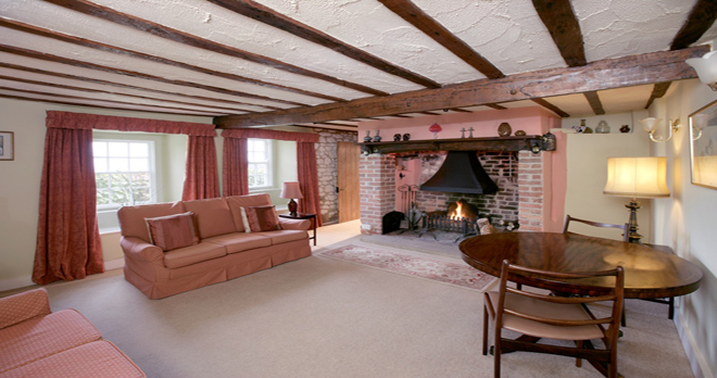 holiday cottage in studland living room