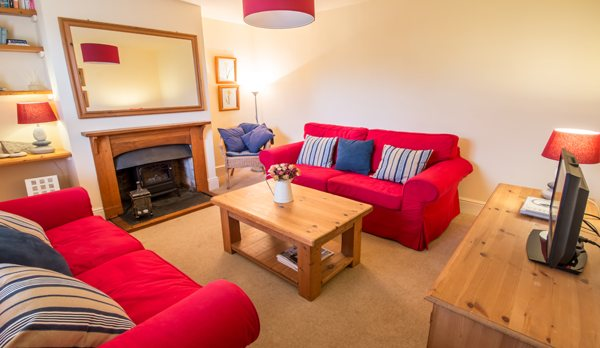 traditional purbeck holiday cottage living room