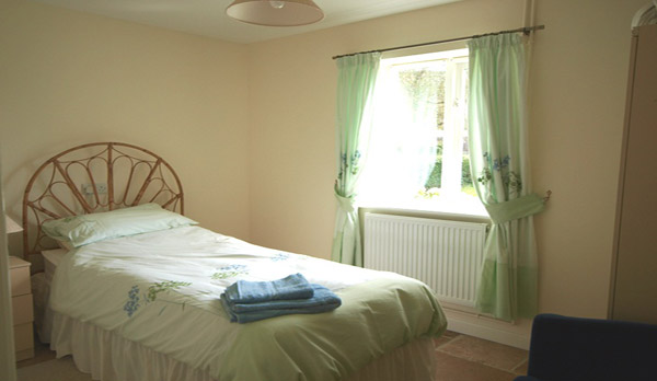 walking holidays in dorset single bedroom