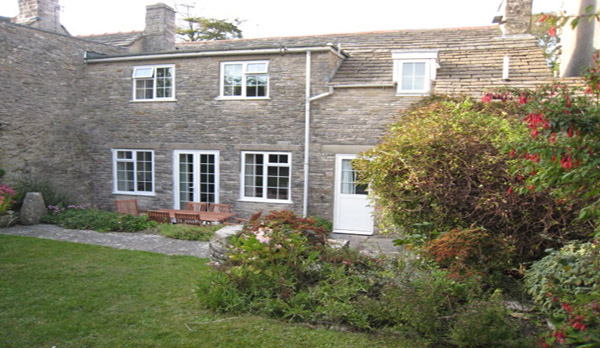 holiday cottage langton matravers exterior back