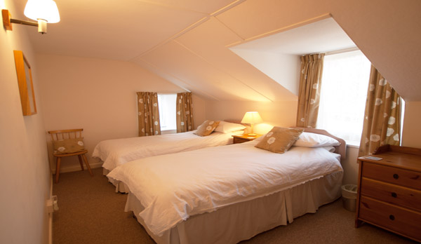 holiday cottage langton matravers twin bedroom