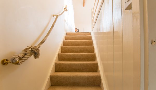 traditional purbeck holiday cottage stairs