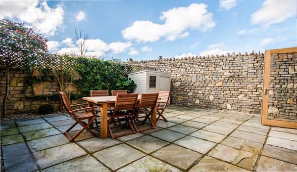 family holiday home in swanage garden