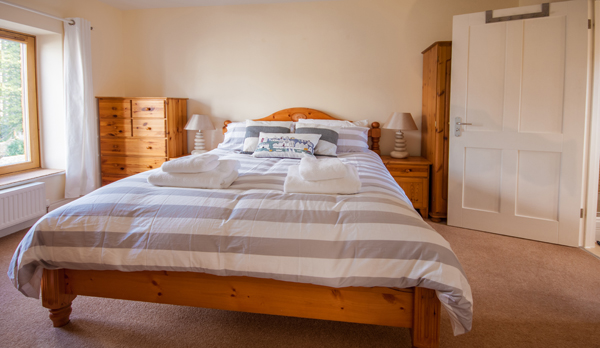 family holiday home in swanage master bedroom 2