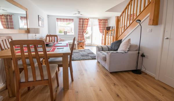 holiday accommodation in wareham living area