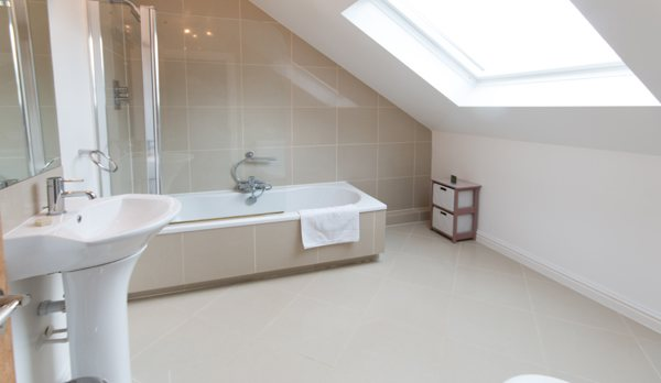 luxury dorset holiday cottage ensuite