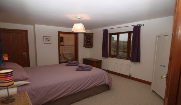 cottage to rent in worth matravers double bedroom