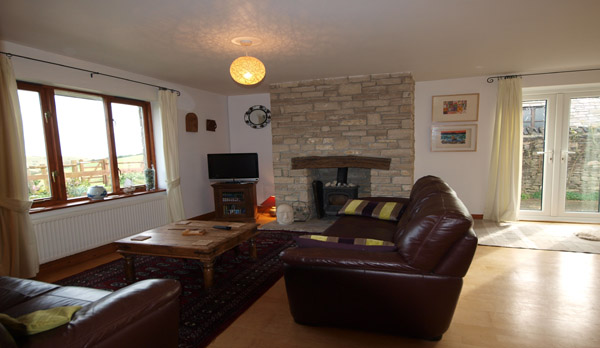 cottage to rent in worth matravers lounge 2