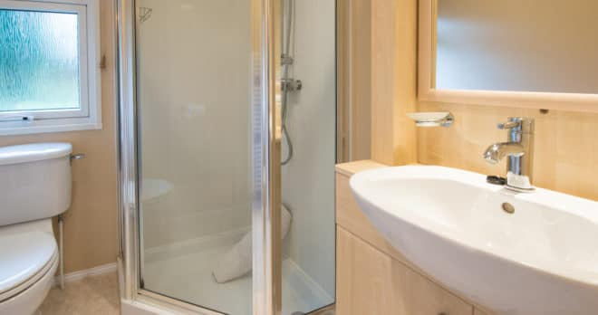 woodland falls luxury lodge on rockley park sleeps 6 bathroom