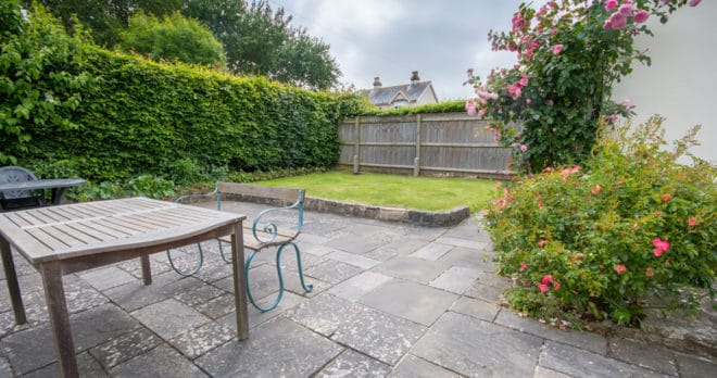 family_holiday home in corfe castle garden patio