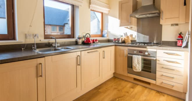 self catering holiday in swanage kitchen