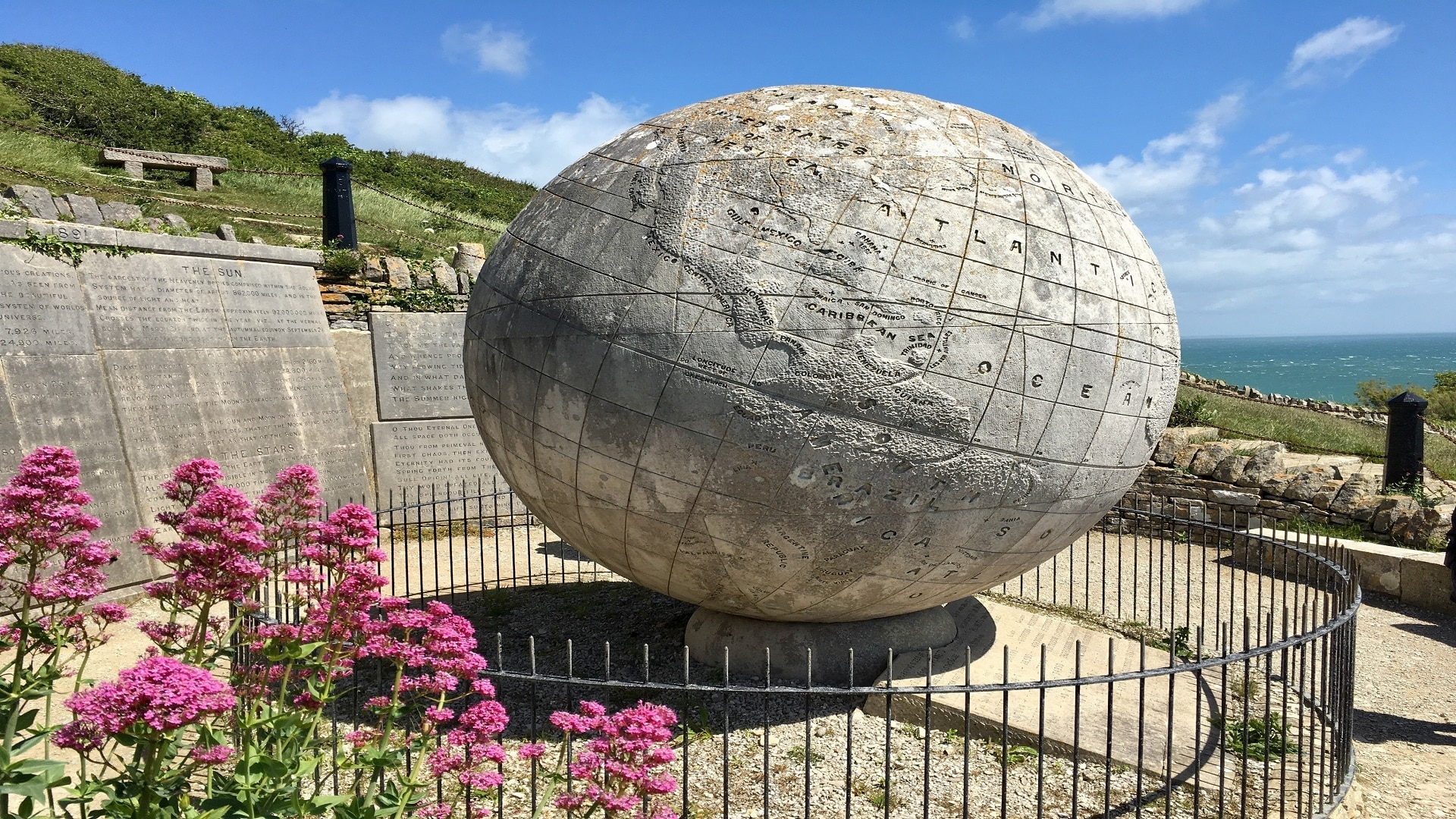 seaside apartment in Swanage durlston globe
