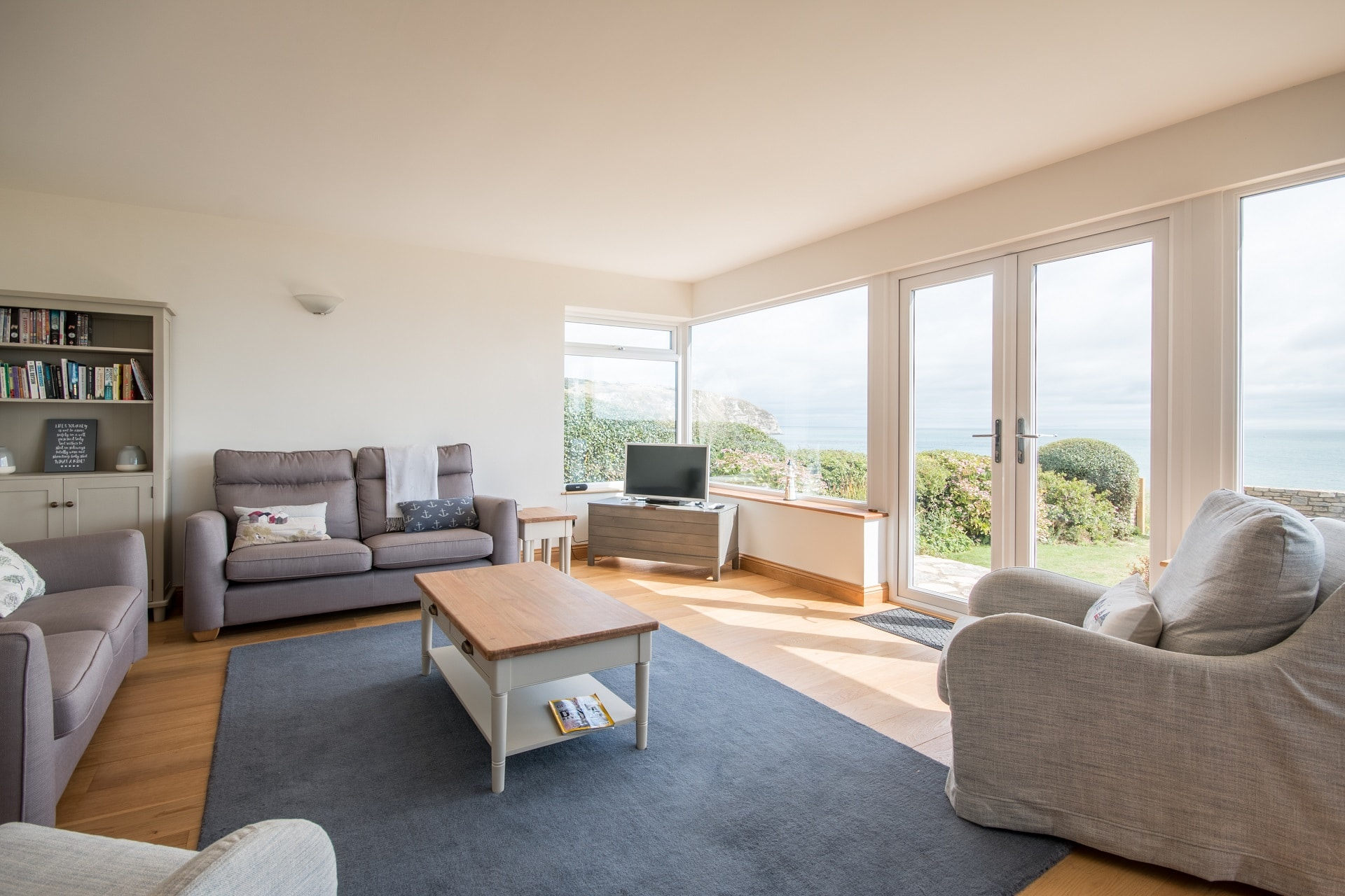 pet friendly sea view swanage living room