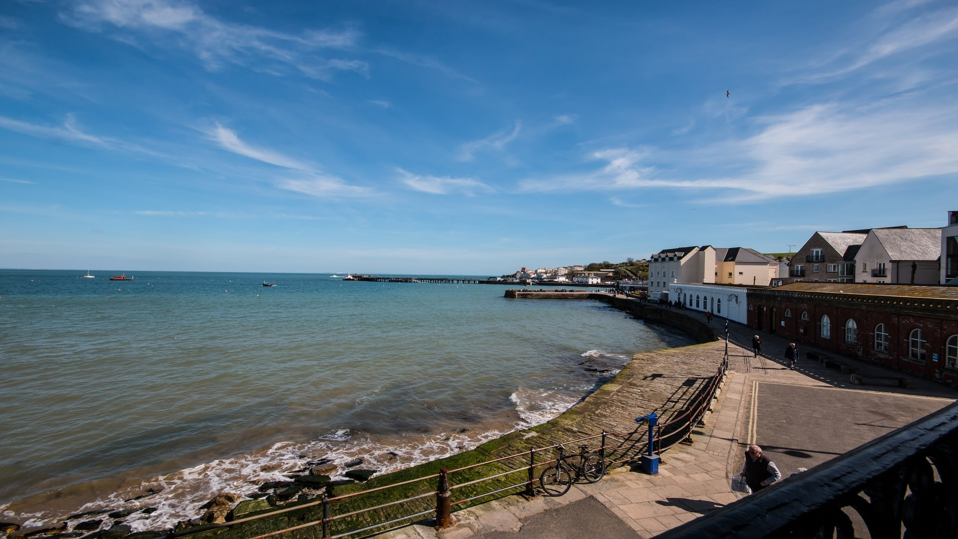 seaside apartment in Swanage sea view