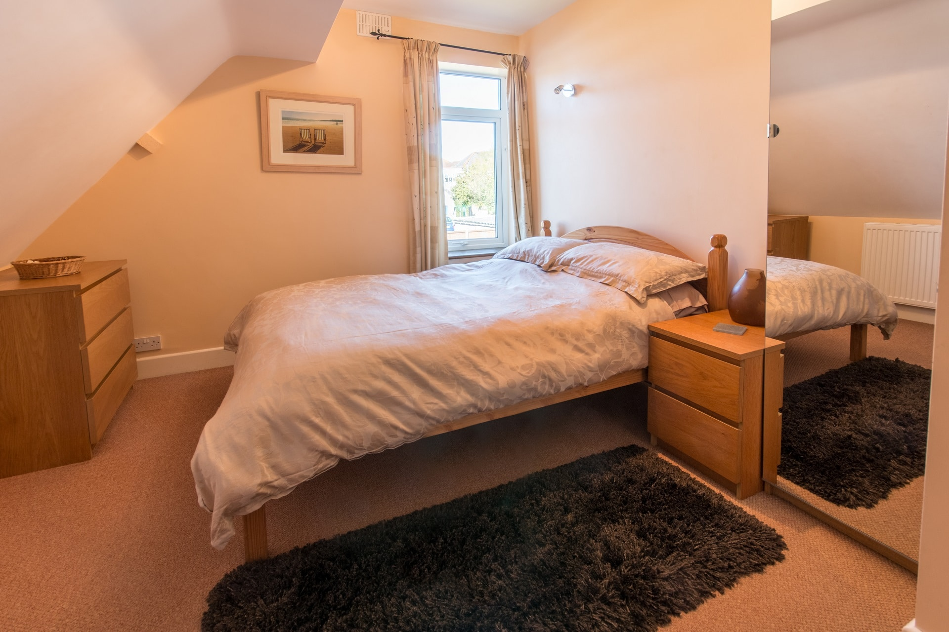 Accommodation for large groups in Swanage second bedroom