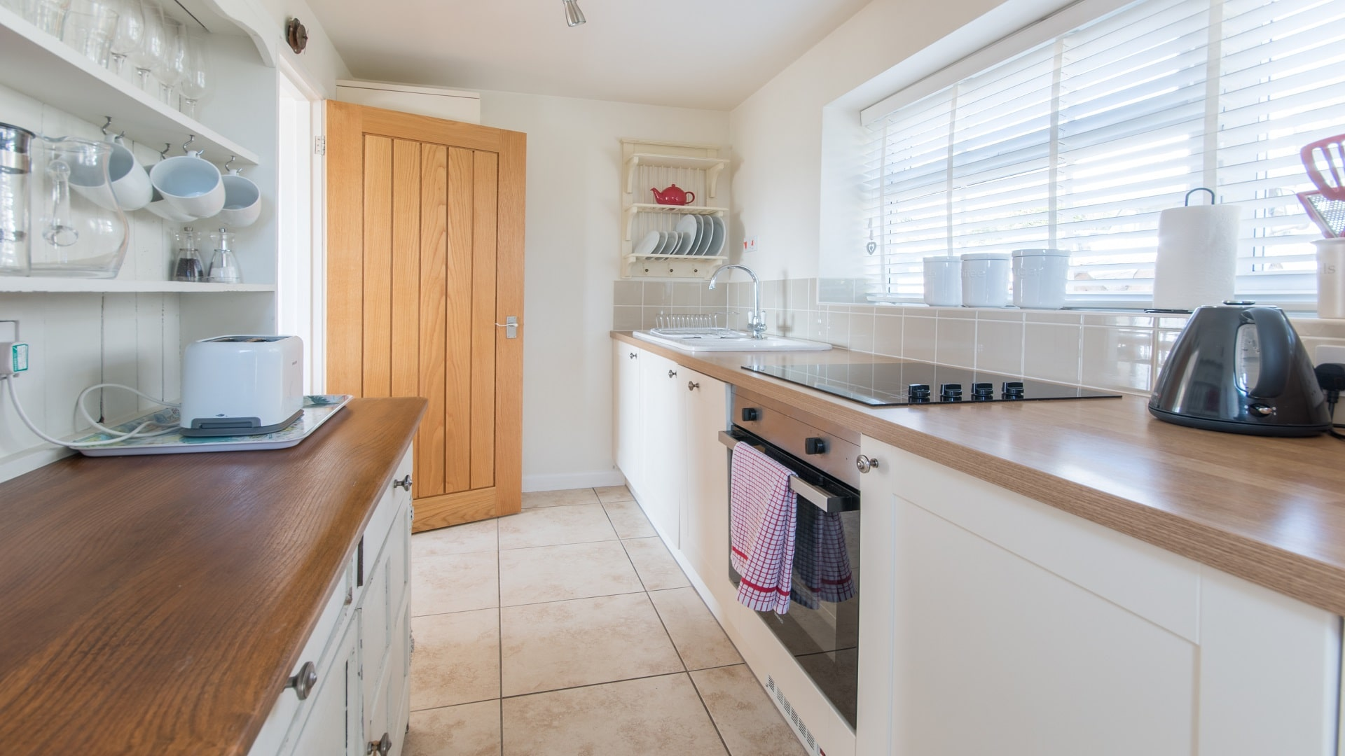 holiday cottage near Corfe Castle kitchen