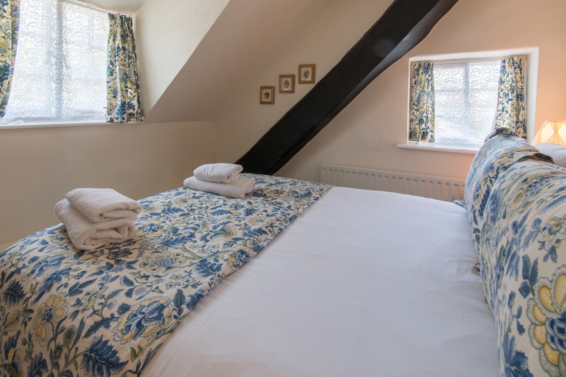thatched romantic holiday cottage double bedroom 1 window