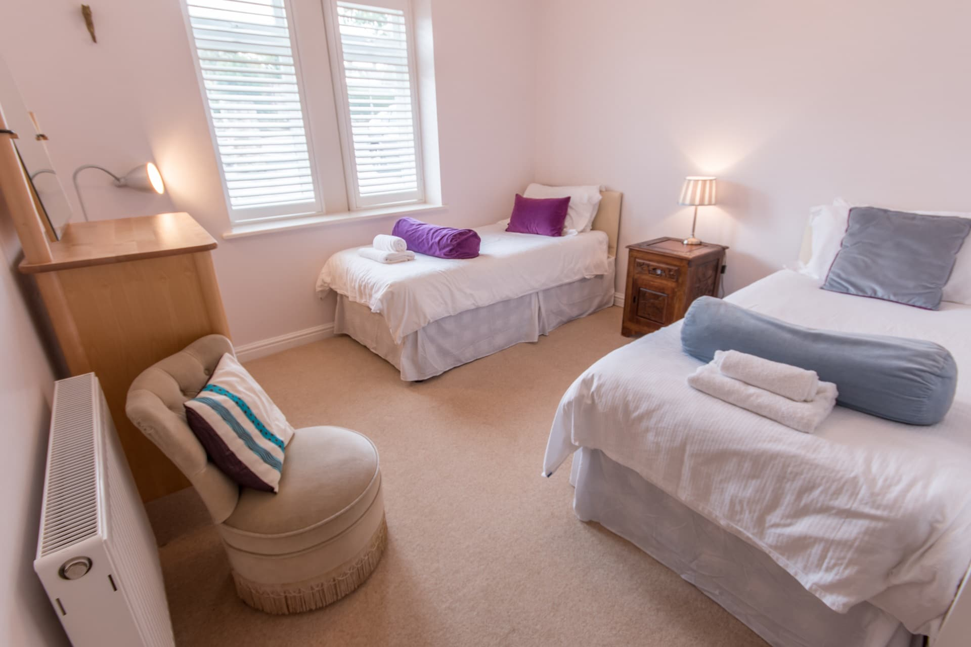 luxury dorset holiday cottage twin room
