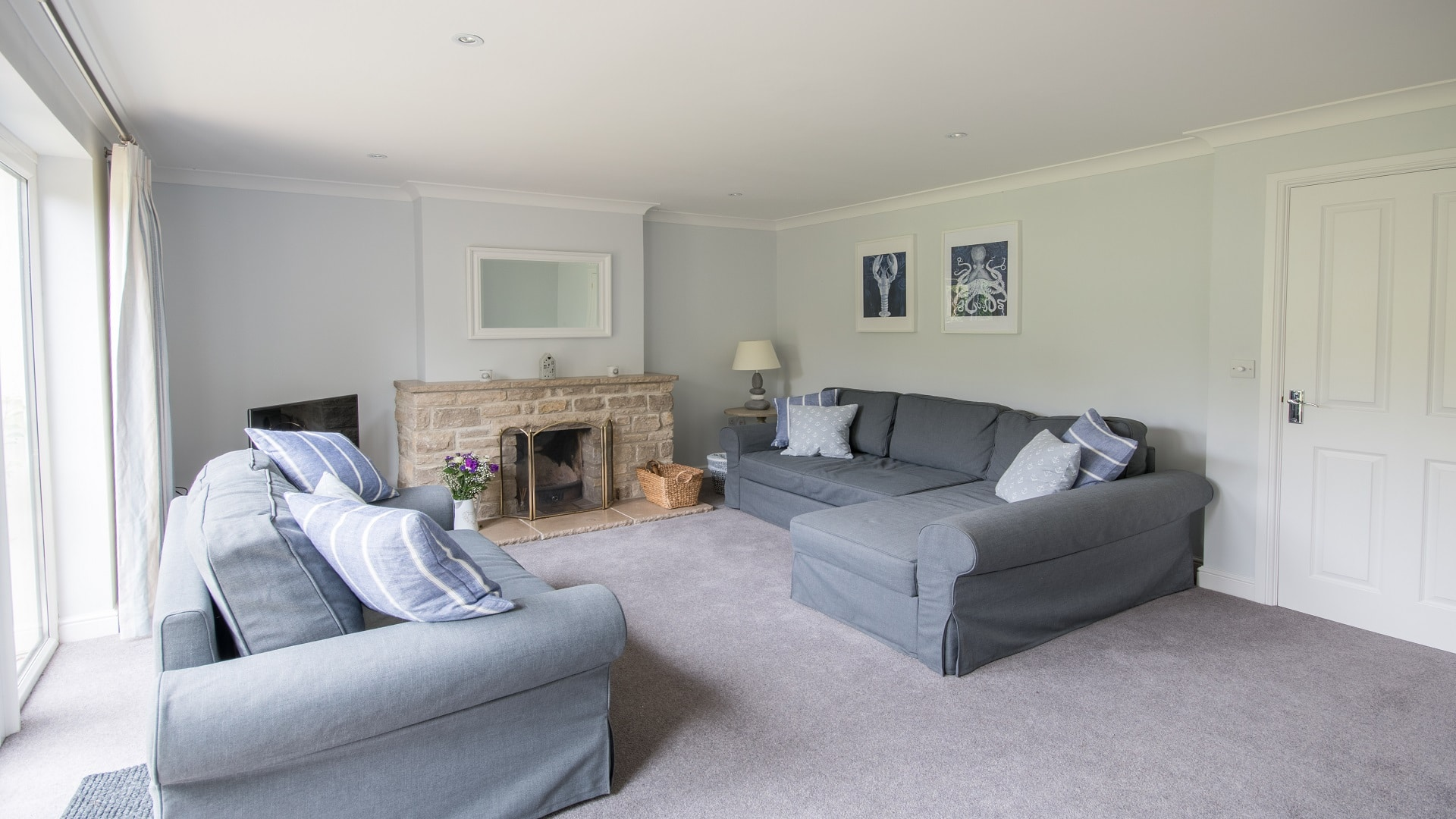 self catering holiday cottage in langton matravers dorset living room 1