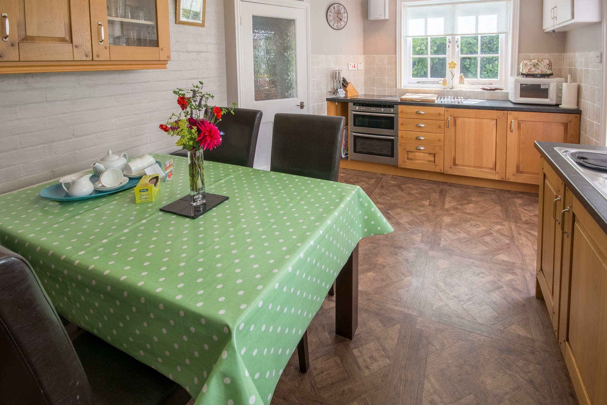 holiday home near wimborne kitchen