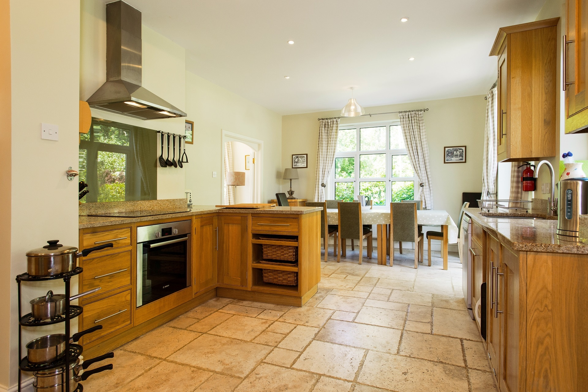 fabulous holiday home in church knowle kitchen 2
